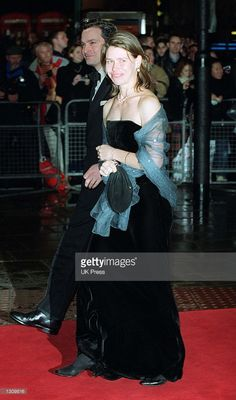 Lady Sarah Chatto and her husband Daniel Chatto attend the Royal Varitey Performance at the Domino theater December 2000 in London, England. Lady Sarah Armstrong Jones, Lady Sarah Chatto, Hm The Queen, British Monarchy, Prince And Princess, Golden Girls, Queen Elizabeth Ii, British Royals, Kate Middleton
