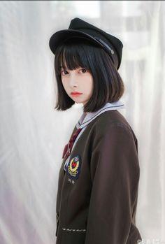 She would make a nice Ryuujou... hmmmm