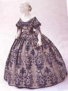 Would love to dress like this one time...  I swear I was meant to be born in a different era.    Brocade ballgown, 1855     Historical Fashion Victorian - Crinoline (1840-1870) by Julia Dalton
