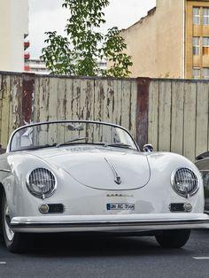 #TheClassicVoyager #Porsche356  / #porscheluggage