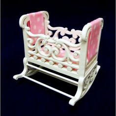Dolls House Fine Miniature Nursery Furniture Shabby Chic White Rocking Cradle