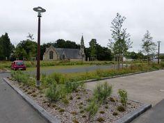 Moelan-Lindelfels-parking paysager et eglise.JPG (800×600)