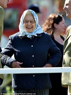 Her majesty, wearing a patterned headscarf and navy padded jacket, was spotted laughing as she watched the horses pass by at the show. My mother still wears head scarfs as we call it in the South . Peter Phillips, Viscount Severn, Lady Louise Windsor, Young Family, Save The Queen, Prince Philip, British Monarchy, Colourful Outfits, Queen Victoria