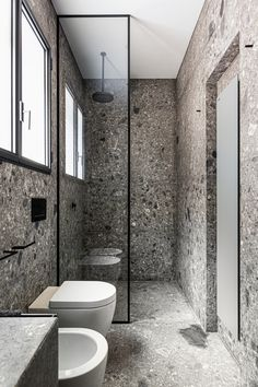 View the full picture gallery of Villa Lake Como Bad Inspiration, Bathroom Inspiration, Bathroom Design Luxury, Modern Bathroom, Amazing Bathrooms, Small Bathrooms, Diy Bedroom Decor, Home Remodeling, Beautiful Homes
