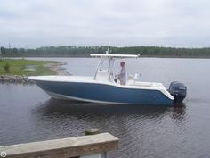2009 Tidewater 25 Boat For Sale in Engelhard, NC