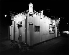 George Tice  White Castle, Route no. 1, Rahway, NJ  1973  19x24 cm