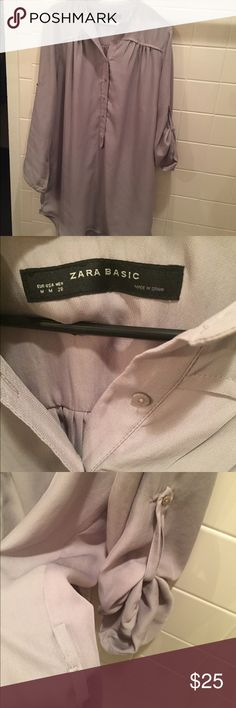 Zara basis tunic. Size medium  no belt Preowned Preowned tunic. Pretty top. Very long. No belt Zara Tops Tunics