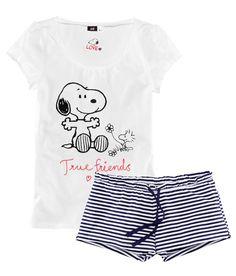 snoopy pijamas - Lingerie, Sleepwear & Loungewear - amzn.to/2ieOApL Lingerie, Sleepwear & Loungewear - http://amzn.to/2ij6tqw