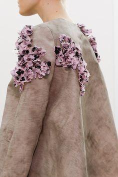 Giambattista Valli Spring 2014 Ready-to-Wear - Collection - Gallery - Style.com