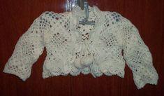 Bolero de croche, feito em lã antialérgica.