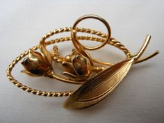 Tulip Brooch Pendant Gold Tone Metal Rope by AngiezillasBoutique, $9.49