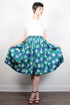 Vintage Midi Skirt Kelly Green Blue Black Floral Print Pleated Skirt Full Sweep Skirt 1980s Secretary Dress Skirt 80s Knee Skirt S M Medium by ShopTwitchVintage #vintage #etsy #80s #1980s #skirt #midi #pleated #floral #secretary