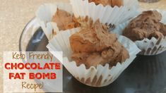 These keto fat bombs make an EASY low carb dessert! If you want to satisfy your sweet tooth on your ketogenic diet, try these delicious fat bomb recipes! Banting Recipes, Healthy Recipes, Low Carb Recipes, Healthy Sweets, Ketogenic Recipes, Delicious Recipes, Easy Recipes, Healthy Breakfast Bowl, Keto Diet Breakfast
