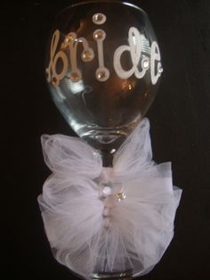 Bride Wine Glass Cursive with Bows by bGRACEsandiego on Etsy. Well this is fun! Perfect Wedding, Our Wedding, Dream Wedding, Tiffany's Bridal, Bridal Shower, Winery Bachelorette Party, Bachelorette Parties, Bride Wine Glass, Wedding Glasses