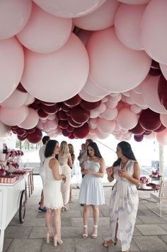 45 Awesome DIY Balloon Decor Ideas for your party! These balloon decorations will make any event festive. Make a balloon garland for your next event! Wedding Balloon Decorations, Wedding Balloons, Birthday Decorations, Wedding Scene, Dream Wedding, Perfect Wedding, Wedding Ceremony, Wedding Church, Forest Wedding