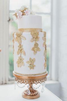 Elegant gold embelli