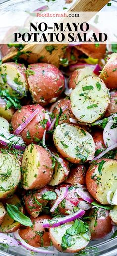 No-Mayo Potato Salad With Herbs salad potatosalad recipes potluck summer healthy no-mayo Easy to make and lighter to eat this healthy no-mayo potato salad with fresh herbs and an easy olive oil dressing is the perfect side dish for a crowd # Best Salad Recipes, Chicken Salad Recipes, Healthy Salad Recipes, Vegetarian Recipes, Cooking Recipes, Healthy Potluck, Salad Recipes For Dinner, Healthy Dishes, Salad Recipes No Lettuce