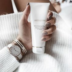 knows the importance of exfoliating. How often do you exfoliate with ARTISTRY Deep Cleansing Mask? Tumeric Masks, Tumeric Face, Artistry Amway, Deep Cleansing Mask, Amway Business, Skin Tightening Mask, Face Mask For Pores, Pore Mask, Honey Face Mask
