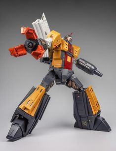 Transformers Autobots, Transformers Toys, Drawing Poses, Toy Boxes, Character Ideas, Weapon, Art Reference, Supreme, Omega