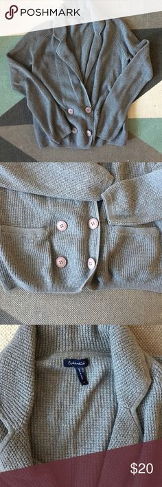 Splendid grey sweater sz M Warm and cozy grey knot sweater. Button and snap closure at waist. Slight piling. No stains. Bust 18 inches. Length 22 inches Splendid Sweaters Cardigans