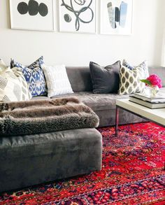 Living room rugs red: best red persian rug living room ideas on pinte. Living Room Red, Living Room Carpet, Living Room Modern, Rugs In Living Room, Living Room Decor, Red Persian Rug Living Room, Small Living, Cozy Living, Bedroom Decor