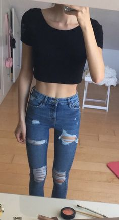 Most methods to dress a denim skirt will depend on your unique trend, but this very easy stylish outfit could help you for anyone each person. Skinny Inspiration, Body Inspiration, Hipster Outfits, Cute Outfits, Skinny Love, Skinny Girls, Skinny Fashion, Body Motivation, Summer Body