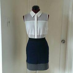 Simply Vera Wang block colored skirt NWT New with tags Simply Vera Wang skirt 4% spandex. The skirt is a size medium with an elastic waistband. Simply Vera Vera Wang Skirts