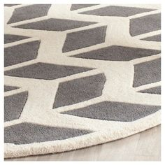 Dark Gray/Ivory Solid Tufted Round Area Rug - (7') - Safavieh