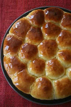 La Halva est une confiserie à base de Tahina (pâte de sésame) et de différents ingrédients selon les recettes et les origines : noix,...