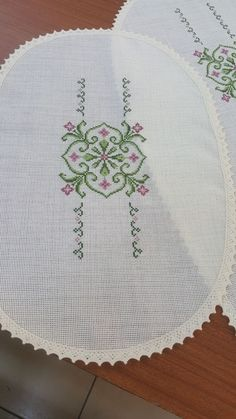 Cross Stitch Gallery, Cross Stitch Borders, Bargello, Baby Knitting Patterns, Embroidery, Sewing, Canvas, Holiday Decor, Diy