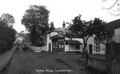 York Hill, Loughton showing the 'Wheatsheaf'