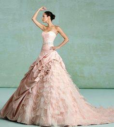Vestidos de Noiva Coloridos - Inspirações | O teu Casamento de Sonho