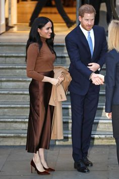Meghan, Duchess of Sussex and Prince Harry, Duke of Sussex depart Canada House on January 2020 in London, England. Get premium, high resolution news photos at Getty Images Meghan Markle Prince Harry, Prince Harry And Meghan, Meghan Markle Stil, Canada House, Elisabeth Ii, Princesa Diana, Prince And Princess, Lady Diana, Duke And Duchess