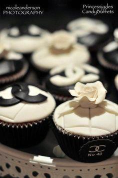 Chanel cupcakes... so pretty!