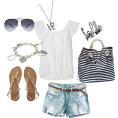 beach attire==time for a beach day--www.floridabeachbums.com