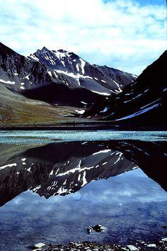 Marshall Lake, Gates of the Arctic National Park, Alaska Hiking Places, Kenai Fjords, Alaska Trip, Juneau Alaska, North Cascades, Arctic Circle, Us National Parks, Adventure Is Out There, Outdoor Camping