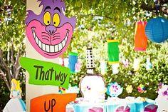 Festa do chá do Chapeleiro Maluco