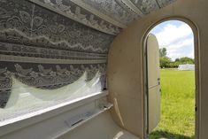 roomed-caravans-limburg-artandadvice-1