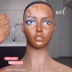 I want to be as pretty as this mannequin! Makeup skills By: Flawless Face Makeup, Dark Skin Makeup, Contour Makeup, Natural Makeup, Eye Makeup, Contour For Dark Skin, Natural Eyeshadow, Makeup Tutorial For Beginners, Contouring For Beginners