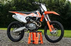 First look: 2017 KTM 450 SX-F