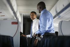 NEWS AT TOP: Here's what it's like when President Obama gets ma...