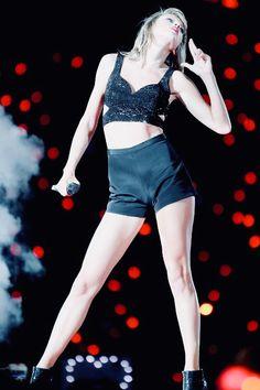 Taylor Swift hot beauty