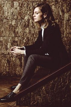 Christine and the Queens Gemini People, Nantes France, Christine And The Queens, French Chic, Tomboy Fashion, Outfit Goals, Woman Crush, Suits For Women, Daily Fashion