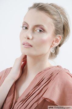 Photography : Silviu B. Mogosanu Make-up & Hair: Irina Cajvaneanu Model: Sabina Trandafir #makeup #bridalmakeup #bridal #pink