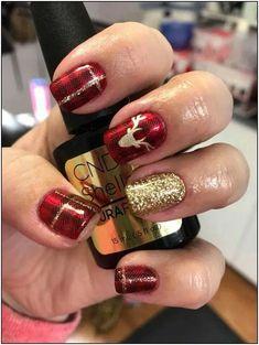 Classy Nails, Fancy Nails, Trendy Nails, Cute Christmas Nails, Xmas Nails, Plaid Christmas, Reindeer Christmas, Green Christmas, Nails 24