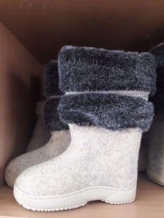 Women's Shoes Needle Arts & Crafts Best Souvenir Valenki Russian Traditional Handmade Felt Home Boots 100% Wool