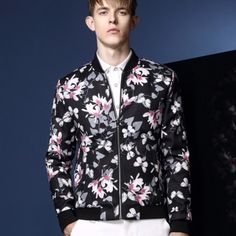 Flower bomber jacket for men fashion jacket coat quilted Printed Bomber Jacket, Bomber Jacket Men, Winter Season, Jacket Style, Men Fashion, Street Style, Slim, Shirt Dress, Flower