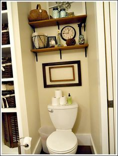 Exceptionnel Wall To Wall Shelves Over Toilet In Master And Laundry