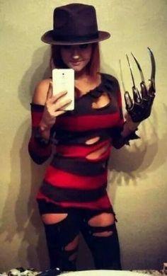 Inspiration & accessories for your DIY Freddy Krueger halloween costume idea glove Halloween Costumes Women Scary, Hallowen Costume, Adult Halloween, Halloween Cosplay, Halloween Outfits, Halloween Party, Costume Ideas, Woman Costumes, Happy Halloween