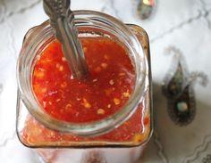 YUMMY TUMMY: Thai Sweet Chilli & Garlic Sauce / Thai Sweet Chilli Sauce / Homemade Sweet Chilli Sauce